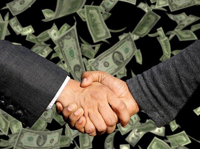 プロ野球契約更改、なぜ年俸公開するのか?