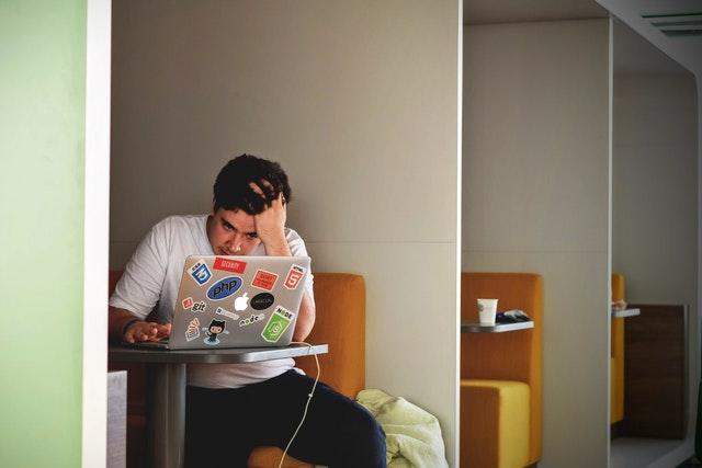 30代からのプログラミング学習は、なぜ「厳しい」と言われる?