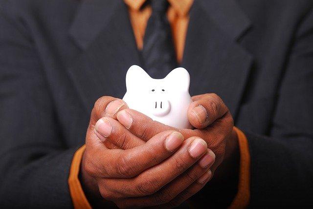 ブログ月10万円目指すなら、安い案件→高単価案件を攻める