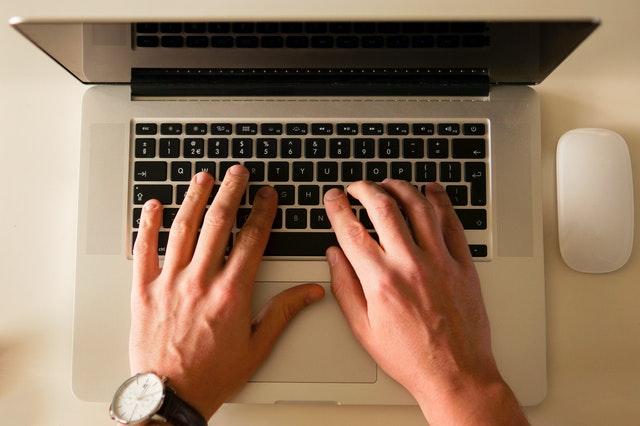 未経験・初心者が副業Webライターを始めるには